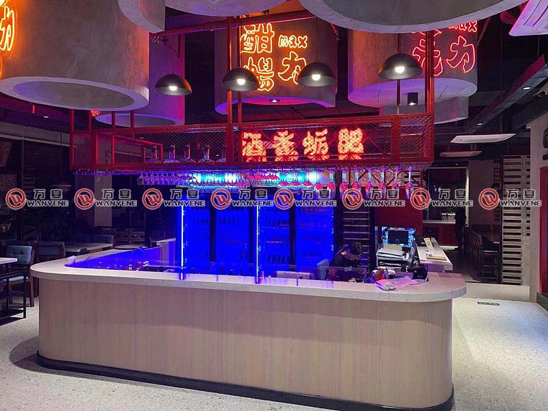 广州給蛎前台装修